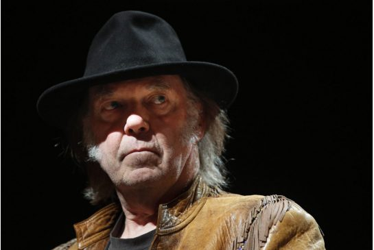 Neil Young the activist / photo by Jeff McIntosh w Canadian Press